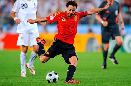 Футболист дарява 100 000 евро