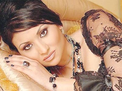Софи Маринова ще води цялата циганска рода в Баку