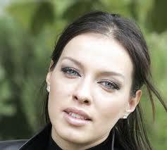 Виктория Петрова скочи в  леглото на съпруга на Ани Салич