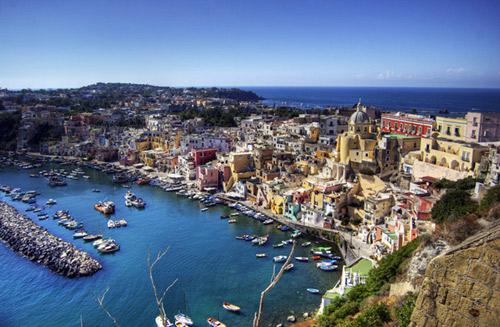 http://senzacia.net/wp-content/uploads/2012/08/Neapol-1.jpg