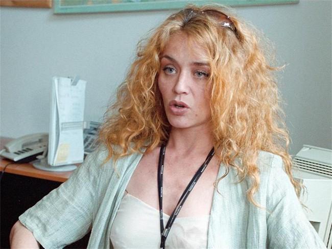 Актрисата Албена Чакърова отмъкнала мъжа на колежката си Виолета Гиндева
