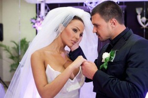 Лозанова и Божинов вдигнаха пищна сватба на 9 октомври 2011 г.