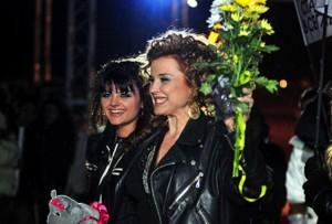 С дъщеря си Петя Дикова