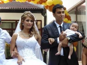 Даниел Игнатов вдигна сватба за чудо и приказ с ромката Елица дни преди ареста