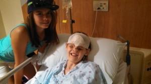 Касиди със сестра си след последната операция