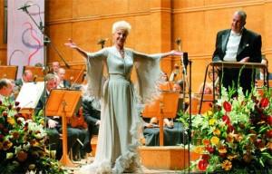 Оперната прима пробива на една от най-големите сцени в света - Миланската скала, само на 25 години