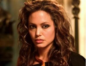 Манията по рака на Анджелина Джоли излиза извън всякакви нормални граници