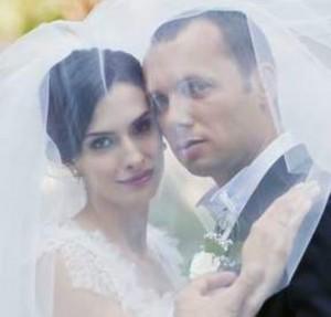 Бившата адреналинка Жана със съпруга си Слав
