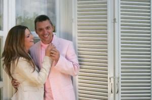 Със съпруга си Крум Савов. Двамата се запознават в аптека през 2003 година