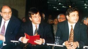 Стоил Славов -Телето (вдясно) оцелява по чудо след въоръжено нападение на Райко Кръвта и бандата му през 1995-а, за да бъде взривен години по-късно в асансьор...