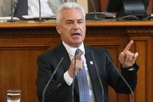 Волен Сидеров изкарва уязвимите си депутати при гласуването