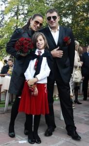 Със съпруга си Евгени и дъщеря им