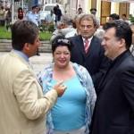 Бившият президент с покойните вече Михаил Михов и жена му Ева