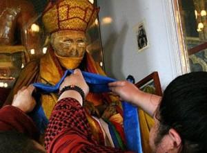 Плътта на Хамбо Лама не гние и не се разлага
