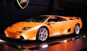Тузарският автомобил, който гълта 29 литра градско, чака новия си собственик
