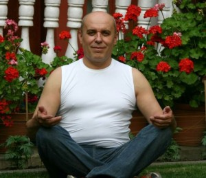 Михаил Янов