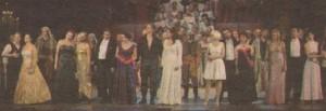 """Финална сцена на концерта спектакъл """"От Виена до Бродуей"""", с който бе открит новият сезон в Музикалния театър"""