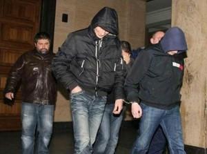 """Стоян Дългия и съратниците му бяха арестувани в акция """"Факирите"""" на МВР през 2010-а, но така и не бяха осъдени за кражби на автомобили"""