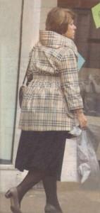 Дончева лекува самотата си, обикаляйки от бутик на бутик