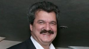 """Тодор Батков си е зарязал здравето заради """"синята"""" кауза."""