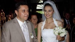 Преди две години двамата сключиха брак в Роженския манастир