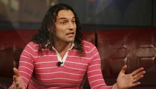 """Деян Неделчев доплатил новото си жилище с хонорара от """"Къртицата"""""""