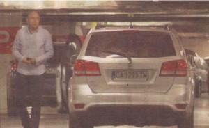 """Заради обвързващ рекламен договор Милото има право да кара само автомобили с марката """"Фиат""""."""