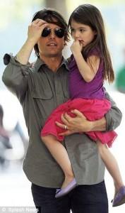Том Круз с дъщеря си Сури