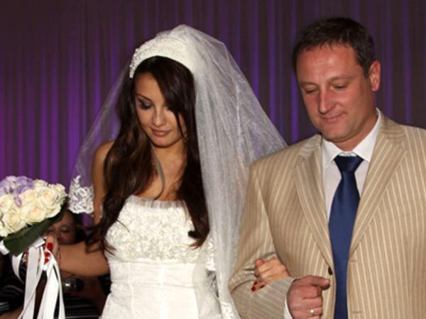 Манекенката и бизнесменът Емил живеят в отворен брак