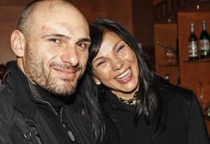 47-годишната Юлияна Дончева иска да роди от ММА боеца Стъки