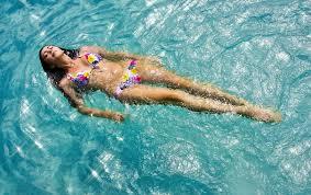 отслабване с плуване