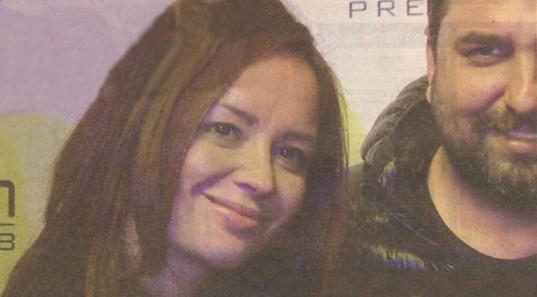 Вики изглежда щастлива до новия си изораник Веско