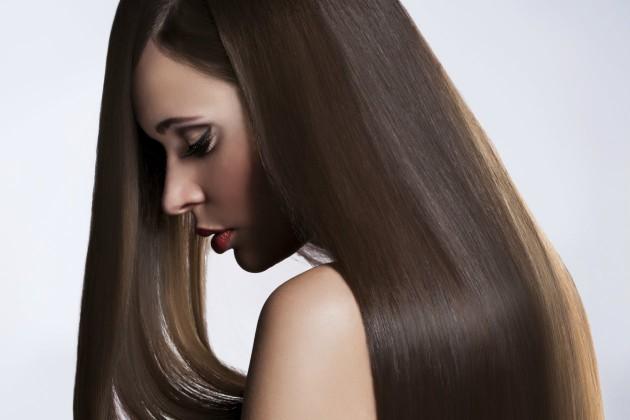 Как кератинът се грижи за косата