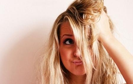 7 практики, които увреждат косата