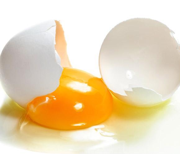 Защо яйцето е полезно за косата ни