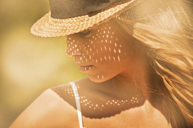 Как да предпазим боядисаната коса от слънцето