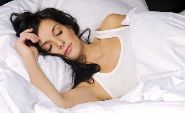 Как да отслабваме, докато спим