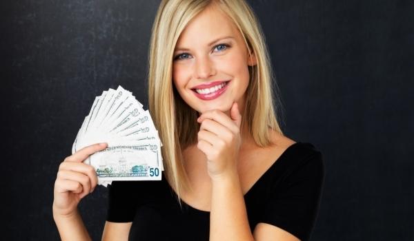 money-woman-