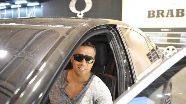 Петко Димитров се фука с нова кола