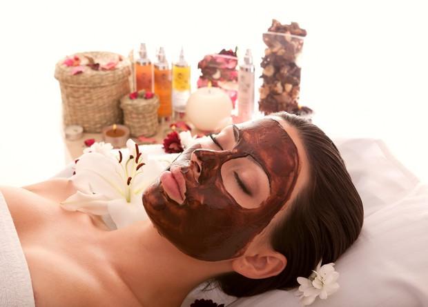 Домашна маска за лице от шоколад и овес