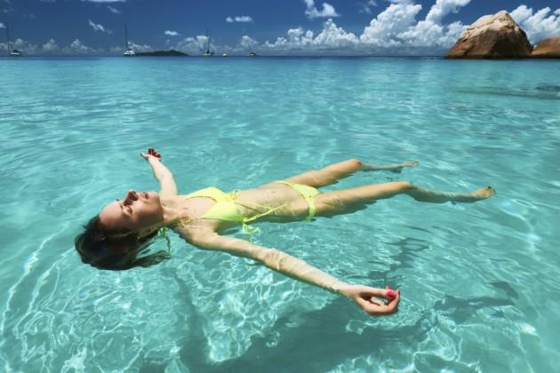 Защо морската вода е полезна за кожата