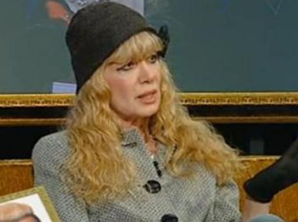 """Майката на Албена Вулева нахлу във """"Вип Брадър"""", а Тити Папазов – напусна"""