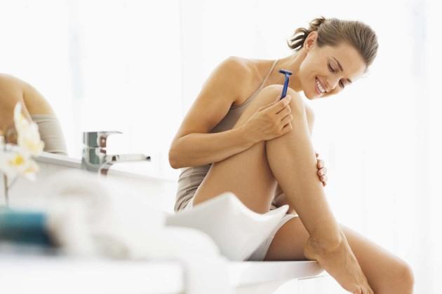 Как да се депилираме със самобръсначка