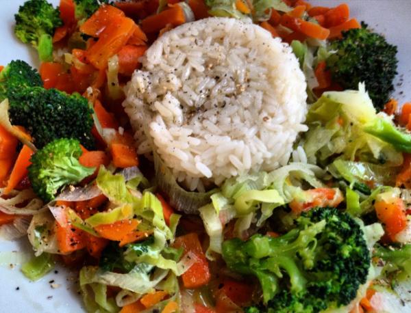 10 храни, които помагат за отслабване