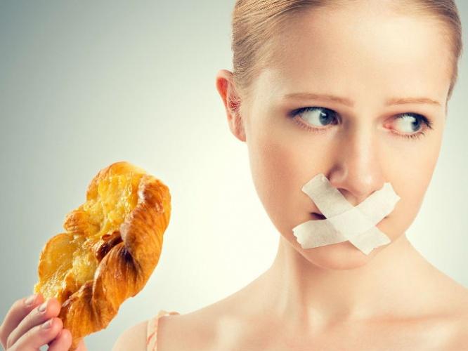 Как да спрем да се тъпчем заради емоции