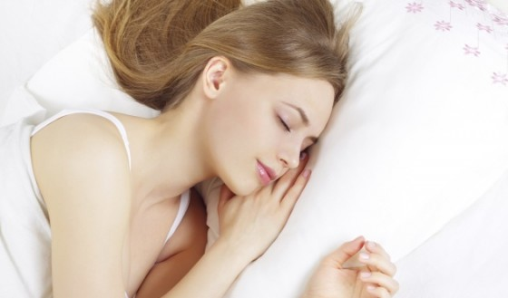 5 грижи за косата през нощта