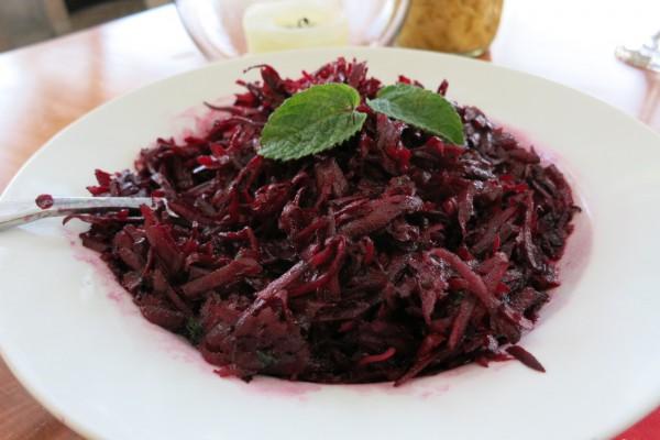 cherveno-cveklo-salata