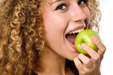 Плодове и зеленчуци за растежа на косата