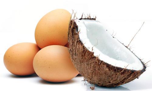 Маска за коса от кокосово масло и яйца
