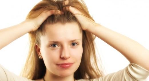 Как да стимулираме скалпа, за да расте косата повече